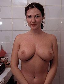 Mutter mit Milchtitten