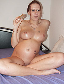Schwangere MILF